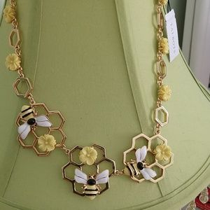 NWT Talbots bumblebee gold tone necklace.